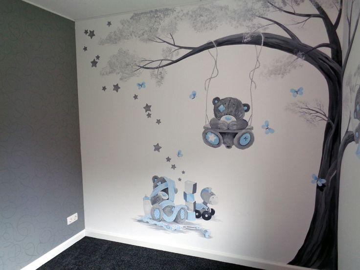 Babykamer muurschildering met beertjes in grijs en blauwe tinten