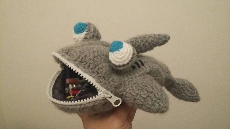 Cartuchera tiburón - Shark pencil case crochet