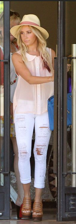 everything about this outfit <3Fashion, Clothing Shoes And Stuff, Style, Destruction Denim, Denim Shirts, Cute Outfit, White Jeans, Ashley Tisdale, White Capri Pants Outfit