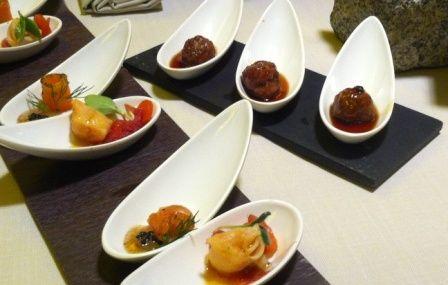 Menú Especial V Aniversario Santa Teresa en #5Restaurante de #Ávila - #500STJ - Entrantes de #albóndigas de ternera y marinados de #salmón y #trucha. #food