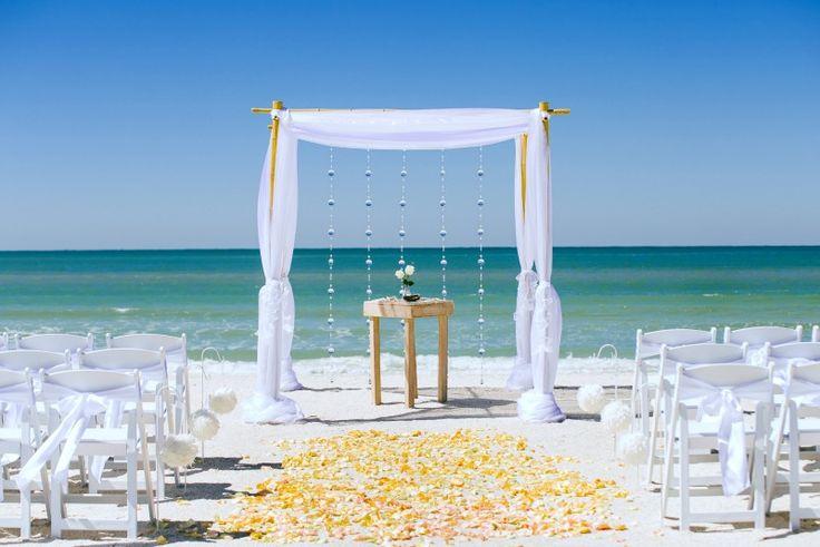 Florida Beach Wedding With Aquarium Reception: St. Augustine Yacht Club Reception Venue In St. Augustine