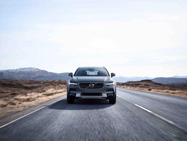 Zlatan der Wikinger: Volvo V90 Cross Country #News #Motor