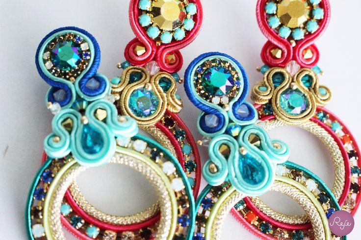 Soutache jewelry, haute couture jewelry, handmade in Italy. https://www.etsy.com/it/shop/Rejesoutache?ref=hdr_shop_menu FACEBOOK: https://www.facebook.com/rejegioielliinsoutache/