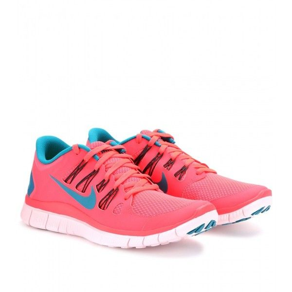 blue and pink nike free run 5.0