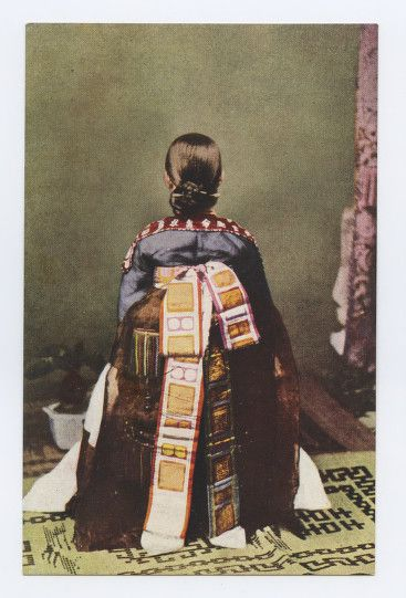 Most postcards of kisaeng from the 1900-1910 period contain pictures of kisaeng who worked at the royal palace or various government offices (known as gwan'gi), highlighting their colorful robes or dance. After the gwan'gi system was abolished in 1908, images of kisaeng changed their focus to closeups of faces and physical features. Different forms of dress began to appear in photos after the 1910s. 1918-1933 East Asia Image Collection, Skillman Library, Lafayette College.