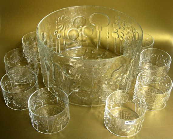 Amazing Oiva Toikka Nuutajarvi Flora glassware from Finland, just listed in the shop.