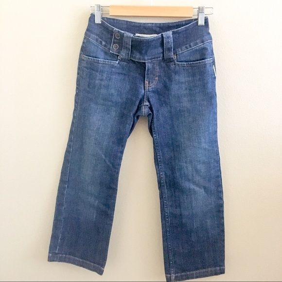 Sergio Valente Denim Capris These capris are in excellent condition.  No sign of wear or flaws.  Just too small for me.  They have a darker wash and have a thicker feel to them.  Tops sold separately.  Bundle and save 30%! Sergio Valente Jeans