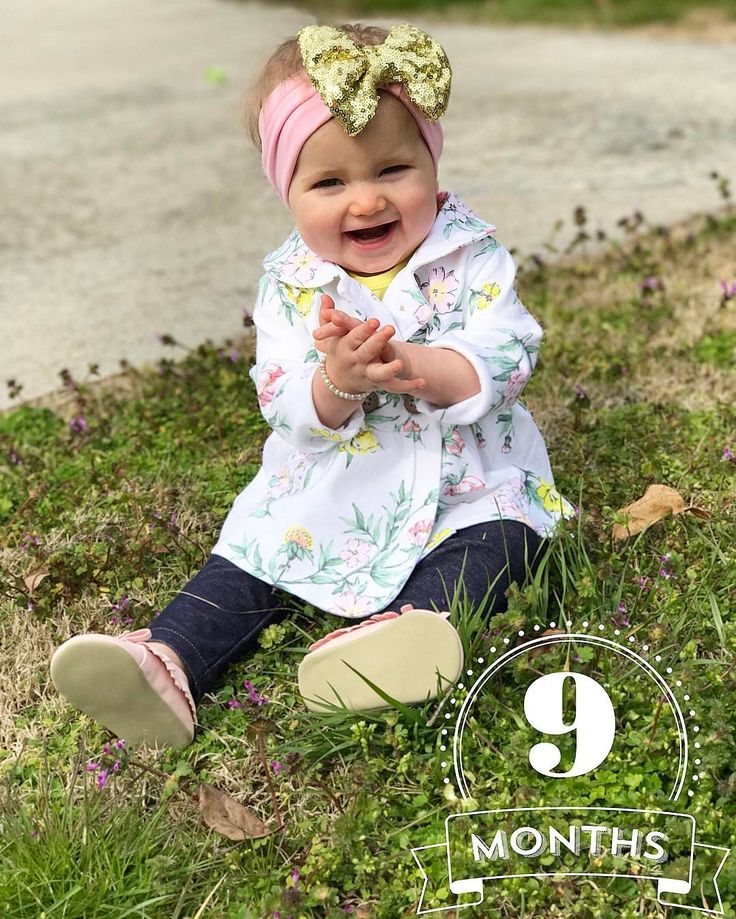 """6,267 Likes, 44 Comments - Zach and Whitney Bates (@zachnwhitbates) on Instagram: """"Hello SpRiNg!!!!  And happy 9 months to our baby girl. You're mommy's little shadow and you…"""""""