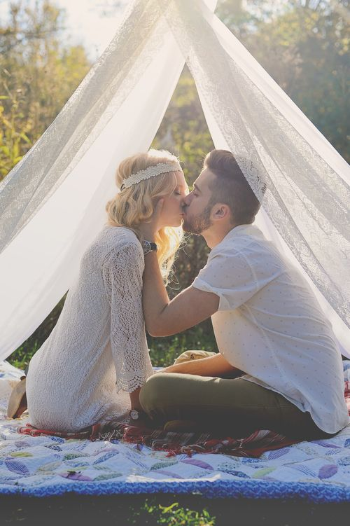 St. Louis engagement photography, bohemian engagement photos, engagement pose, boho couple, couples pose, Charis Rowland Photography #tent #teepee