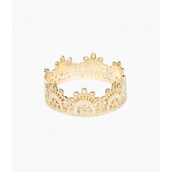 Grace Lee Half Lace Ring ($670) ❤ liked on Polyvore featuring jewelry, rings, 14 karat gold ring, filigree band ring, filigree lace jewelry, filigree jewelry and 14k ring