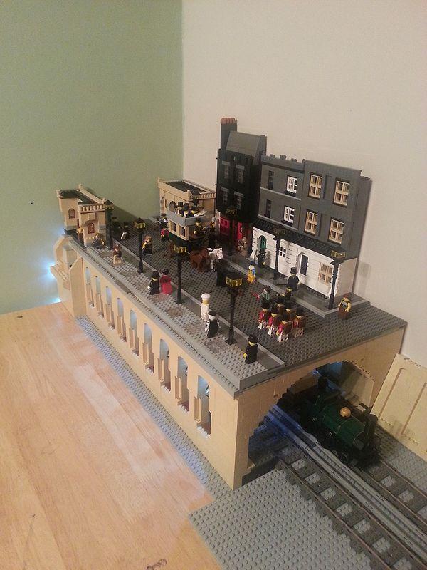 Baker Street made from LEGO   © brapps