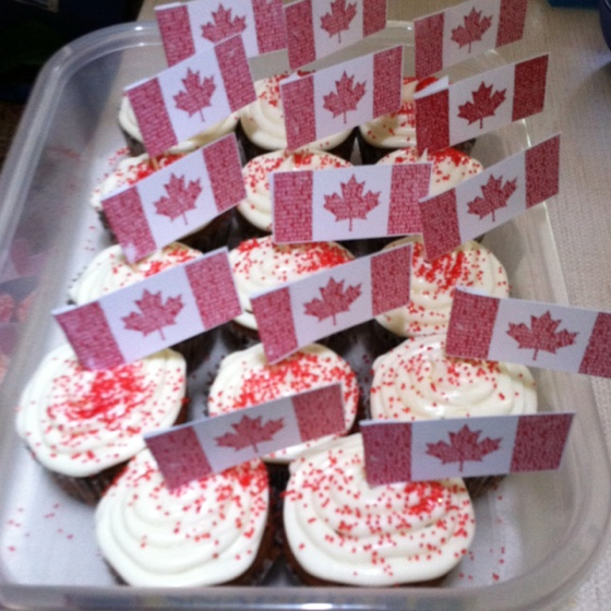 Canada Day cupcakes.