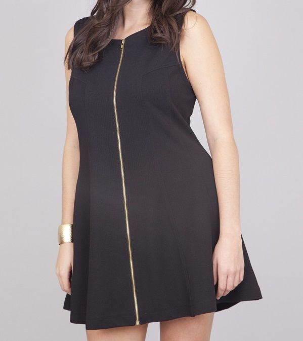 Such a #chic #dress! Available in black and white, make a statement with a contrasting exposed #zipper along the front. Easy to dress up with pumps or dress down with sandals. Perfect! #plussize #Curvy