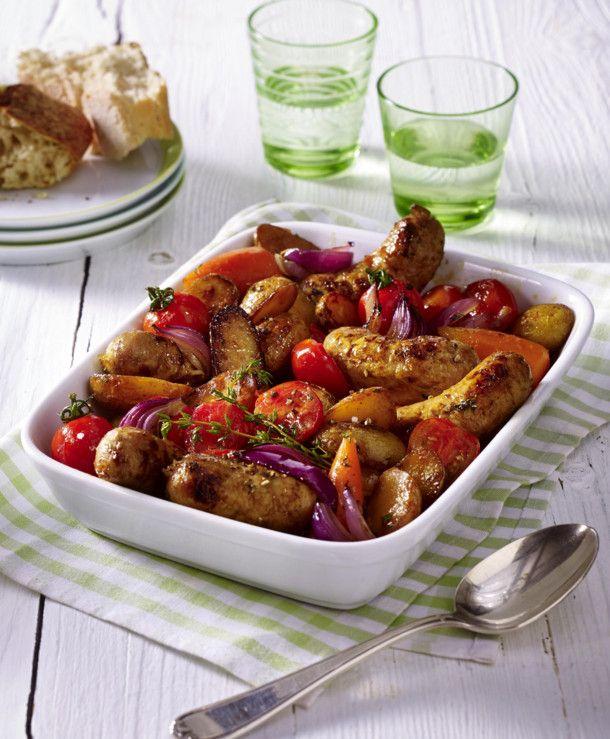 Unser beliebtes Rezept für Buntes Ofengemüse mit Bratwurst und mehr als 55.000 weitere kostenlose Rezepte auf LECKER.de.