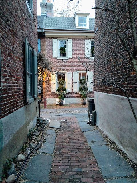 Elfreth's Alley colonial street in Old City Philadelphia