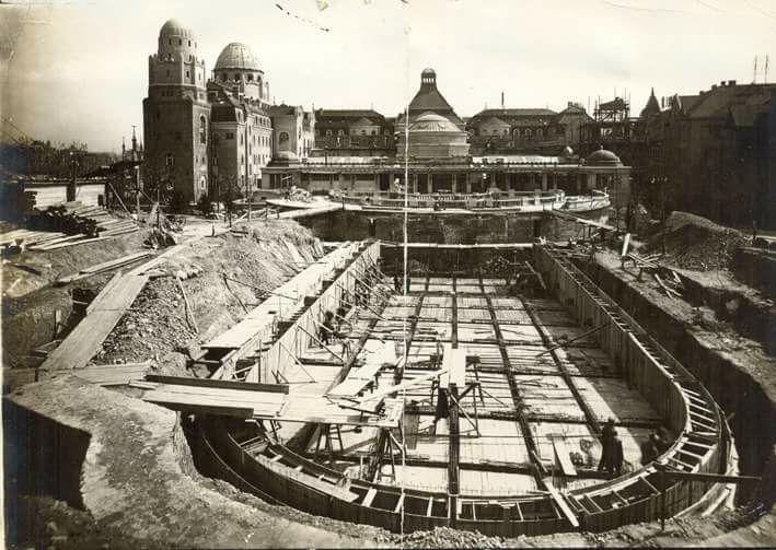 1926-27. Épül a Szent Gellért gyógyfürdő hullámmedencéje,