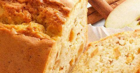 Als je koolhydraatarm wilt eten, dan kan het soms een hele uitdaging zijn om zoetigheid te laten staan. Gelukkig zijn er ook lekkere recepten voor zoete traktaties die weinig koolhydraten bevatten, zoals dit recept voor appel-kaneel cake. Er zitten geen toegevoegde suikers in en in plaats van bloem wordt amandelmeel gebruikt. Het resultaat is een heerlijke en vullende cake waarvan je niet doorhebt dat deze koolhydraatarm is.