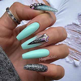 vanessanailz  user profile  instagrin  long nails