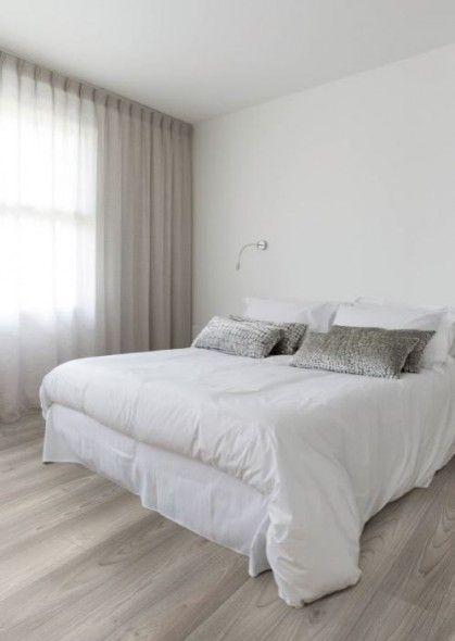Maryland Sky White: sobere laminaat, Scandinavische stijl. Perfect voor een moderne zen-slaapkamer