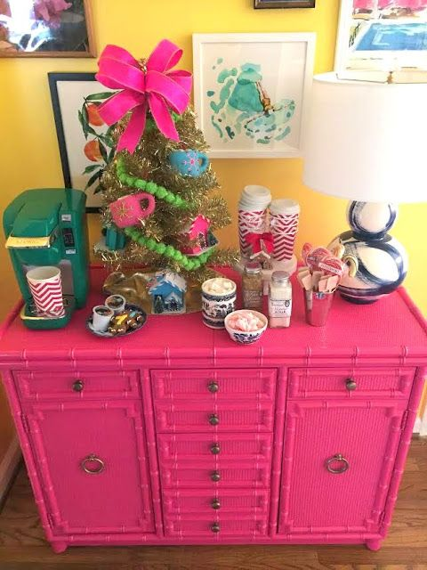 A Pink and Preppy Christmas | The Glam Pad | Paige Minear from The Pink Clutch