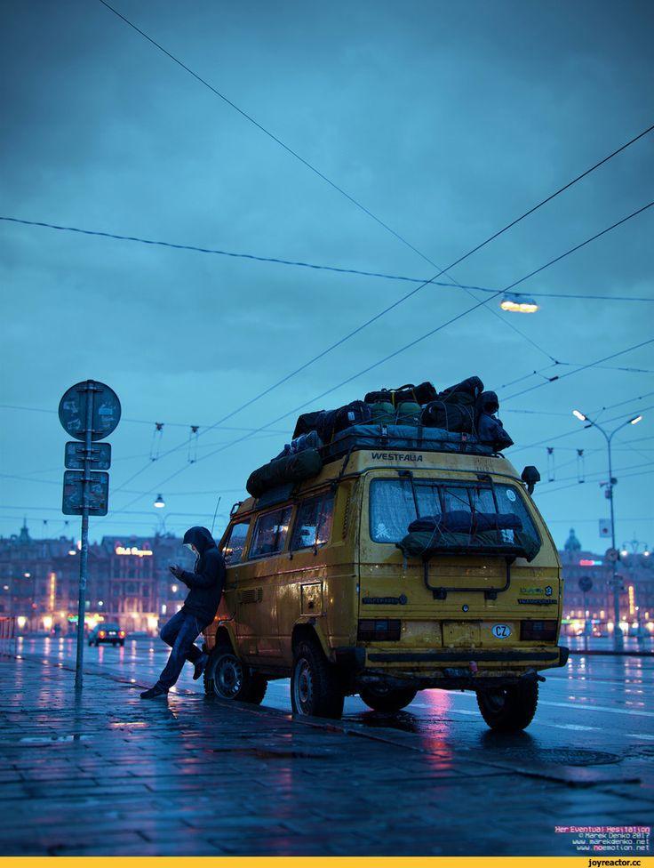 арт,красивые картинки,красивые картитнки,авто,дождь,город,3d art,фольксваген,транспортер,Марек Денко