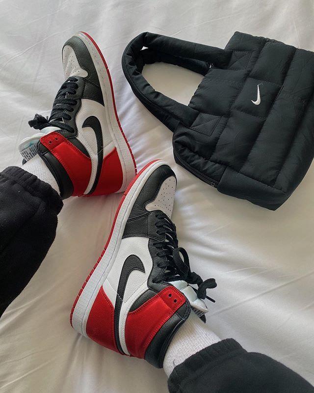 Air Jordan 1 High Satin Black Toe Women Shoes Sneakers Jordans Men ...