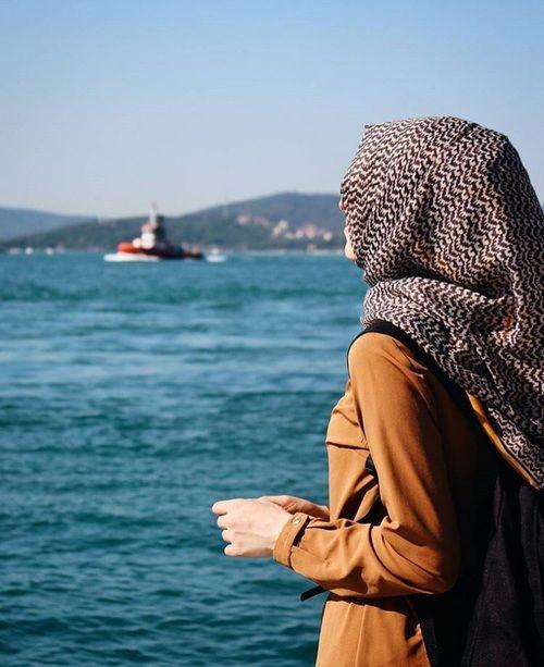 รูปภาพ blue, sea, and muslimgirl
