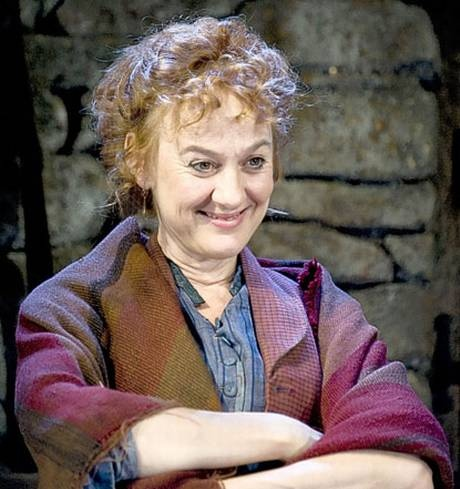 The Playboy of the Western World. The Old Vic. Lovely Niamh Cusack as the widow Quinn.