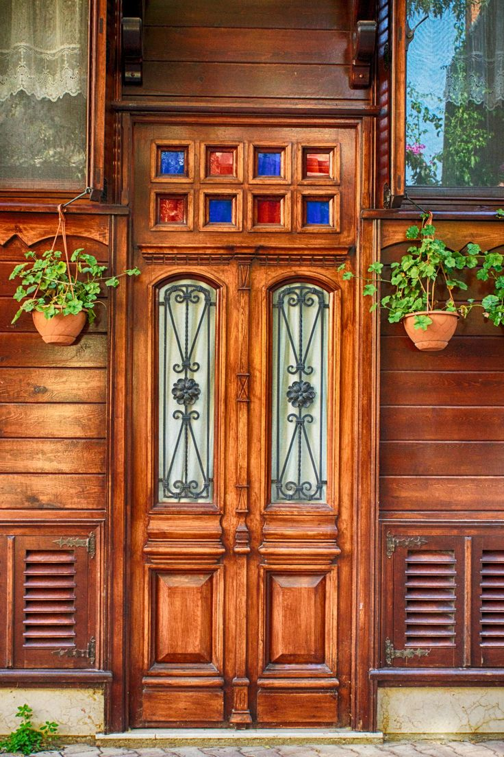 Beautiful wooden door on Heybeliada, Istanbul (Turkey) by Martin Muderack on 500px