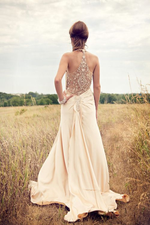 Jeweled wedding dress back