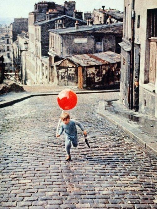 #yearofpattern pascal lamorisse in the red balloon (1956, dir. albert lamorisse)