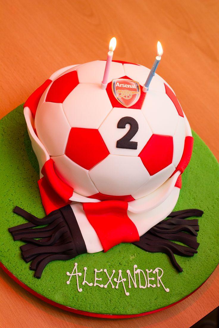 Arsenal football cake-Honest Mum
