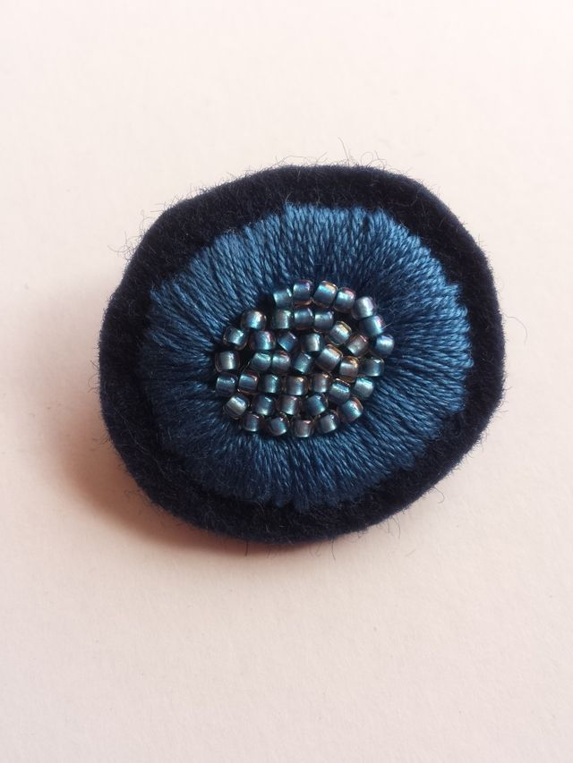 [Resale] Embroidery brooch