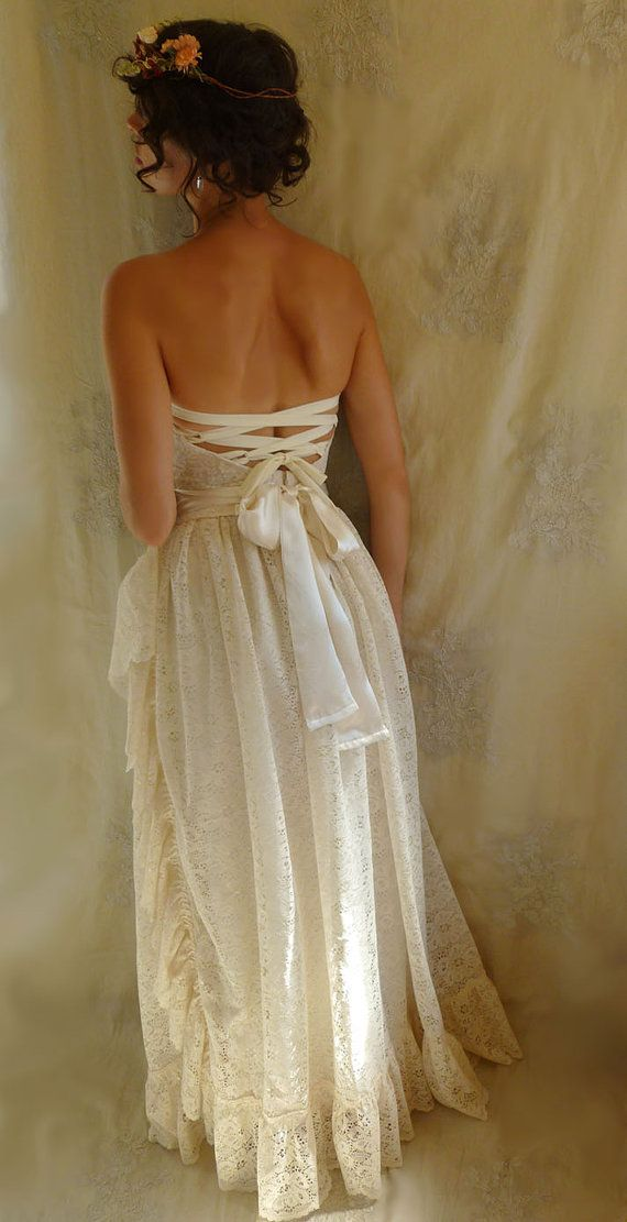Meadow Bustier Wedding Gown... dress boho by jadadreaming on Etsy