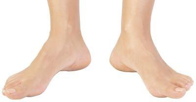 Cómo curar los talones agrietados con calcetines | eHow en Español