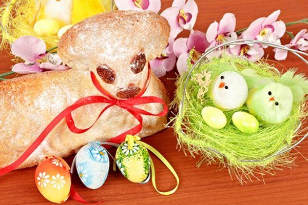 Velikonoční beránek z piškotového těsta