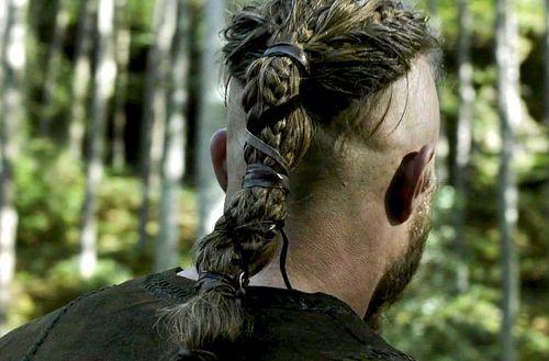 Ragnar Lothbrok hair braid and ties