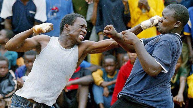 Two Venda men fighting for entertainment