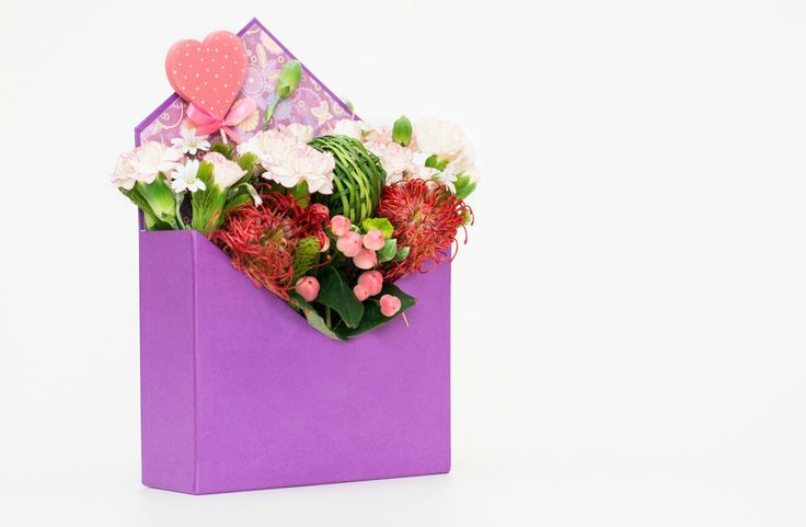 Coming soon!!! Крутейшие коробочки-конверты Принимаем заказы 👉 050-362-35-55 #vivarosa #доставкацветов #создаемнастроение #весьмир #днепр