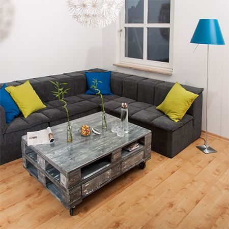 Use Reclaimed Pallets Or Wood To Make Up A Stylish Coffee Table Stained And Painted