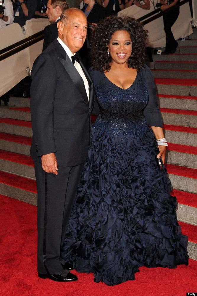 Oprah Winfrey's Style Evolution....with famous  fashion designer  Oscar De La Renta.