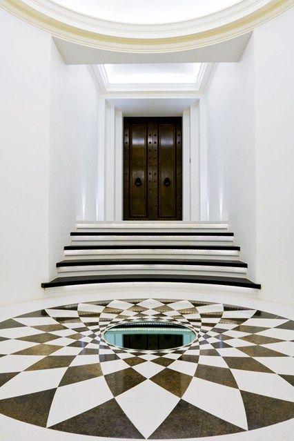 John Minshaw, Oculus, Mirror, Checkerboard - Hallway Ideas - Design (houseandgarden.co.uk)