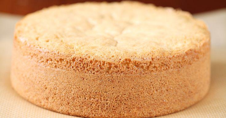 Az olajos piskóta kitűnő alap lehet tortákhoz, öntetekhez, de önmagában is finom.