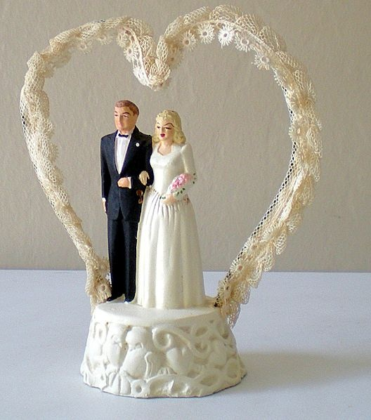 1940s cardboard wedding cake 17 best images about vintage cake toppers on 10085