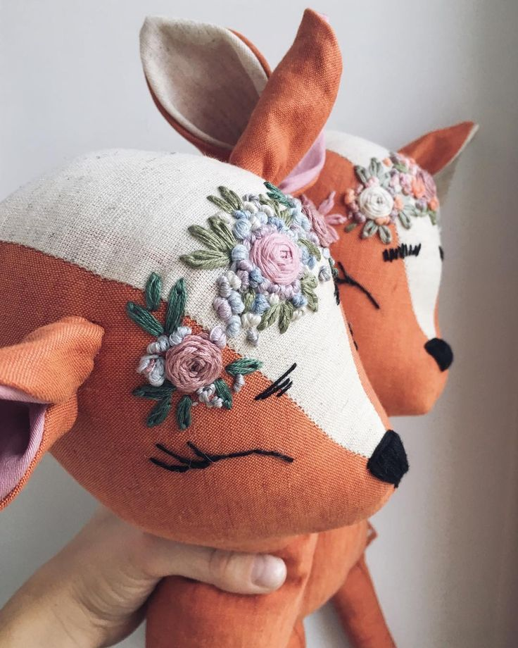 Two big red foxes will be in the store this WednesdayWhy in the day is not 34 hours?‍♀️Ten hours of difference would just be enough to realize all my desires✨ . #etsy #deer #toy #doll #fawn #fabricdoll #handmadedoll #tilda #embroidery #dollmaker #ht_handmade #kidsdesign #kids #clothdoll #dollartist #artdoll #bigcartel #giveaway #handembroidery #heirloomdoll #makersvillage #SmallBusinessLove #lovemymakers #TheHiveHandmade #hellosmallshop #ThemeTuesday #FridayFeature #etsyaddict...