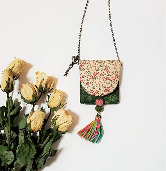 Boho Pouch Necklace. Pink Green Medicine Pouch. Bohemian Girl. Gypsy. Beaded  Tassel. Hippie Style. Pink Forest Green Textile Jewelry.
