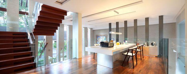 Modern Tropical House - Dining Room | Wahana Architects