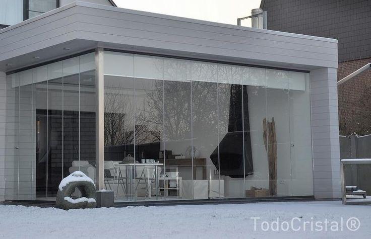 Chiusura di vetro per giardino d'inverno
