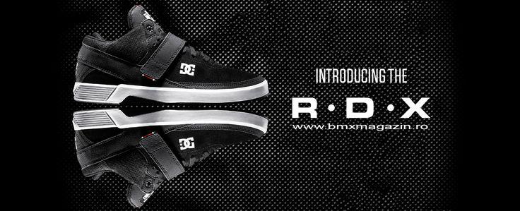 RD X Mid ---> http://www.bmxmagazin.ro/detalii/shoes-dc-rd-x-mid-black-black-8944/