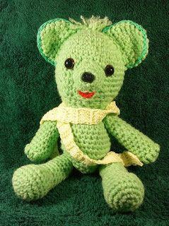 Horgolt Bolt: Maci 30 cm  Zöld színű